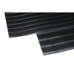 Broad Ribbed Matting 5mm 1200mm X1 Linear Metre Black 379274